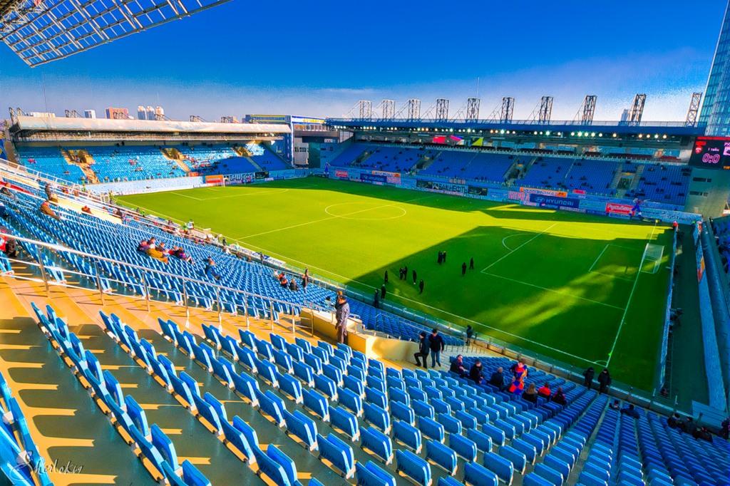стадион газовик оренбург фото