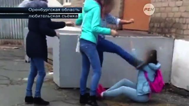Сняли девушку в россии видео