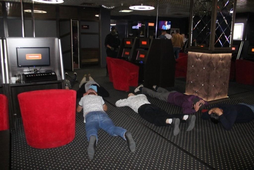 Онлайн казино оренбург перевернутые карты играть