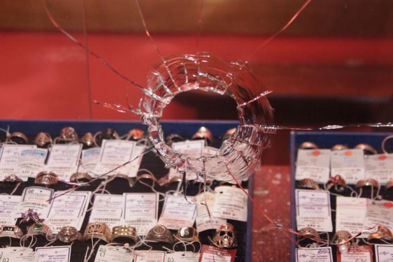 Под москвой задержали налетчиков, которые ограбили ювелирный салон на востоке столицы