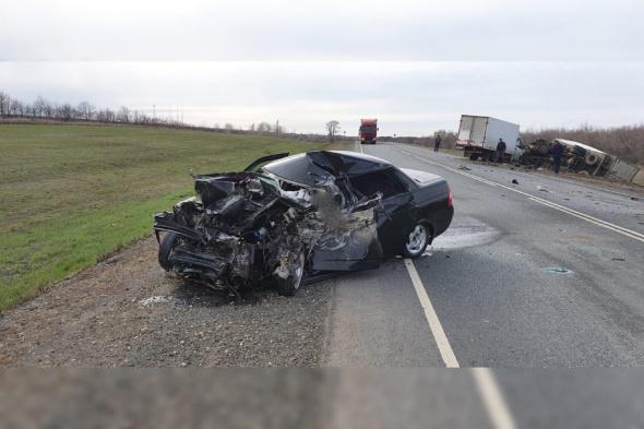 ВАЗ, Газель Next и МАЗ: в тройном ДТП на трассе Оренбург-Самара погиб водитель легкового автомобиля