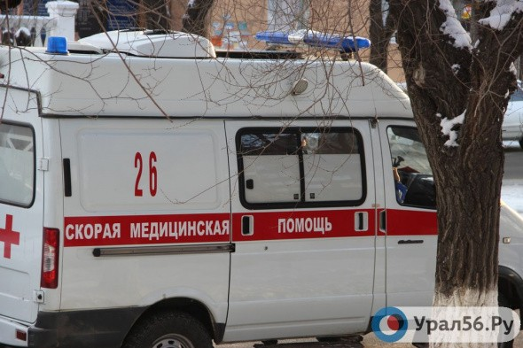 Опрокинула ковш с горячей водой: 6-летняя девочка из Оренбургской области пострадала в бане