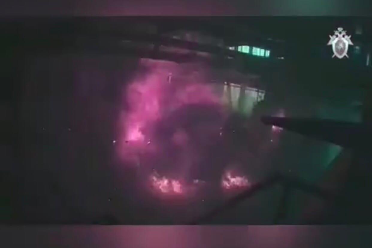 Взрыв на заводе в Сорочинске попал на камеру. Следственный комитет опубликовал видео