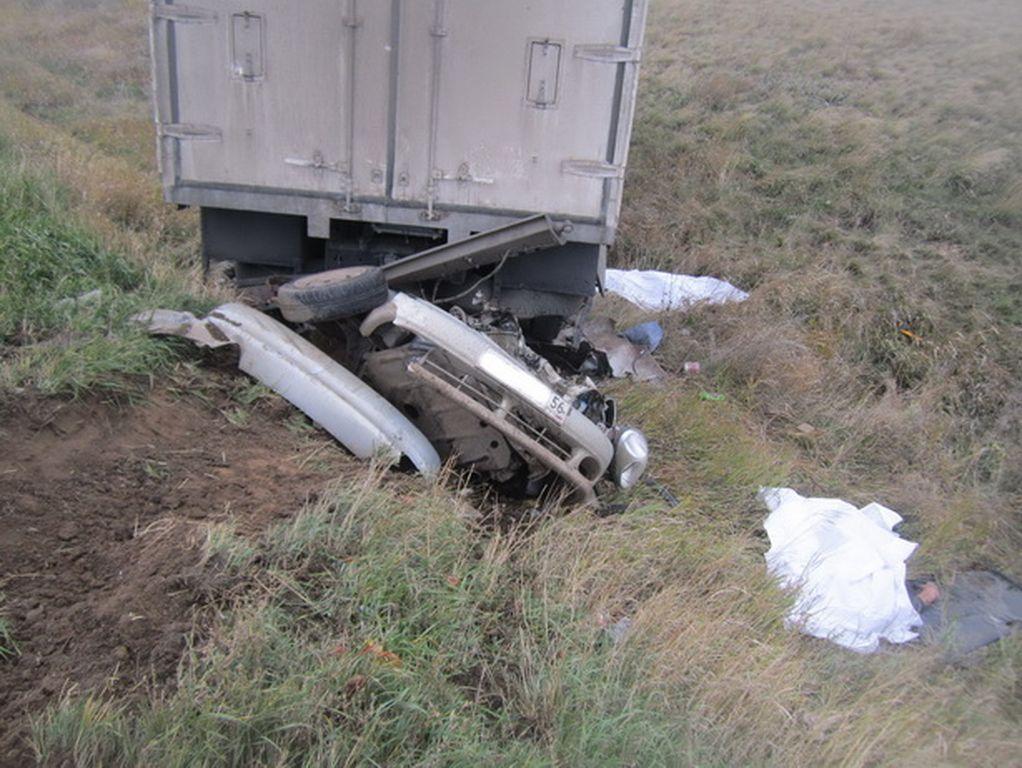 на оренбургской трассе погиб водитель chevrolet lanos