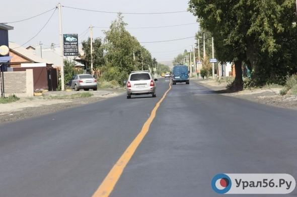 В Орске водители не соблюдают требование знаков на ремонтируемых дорогах