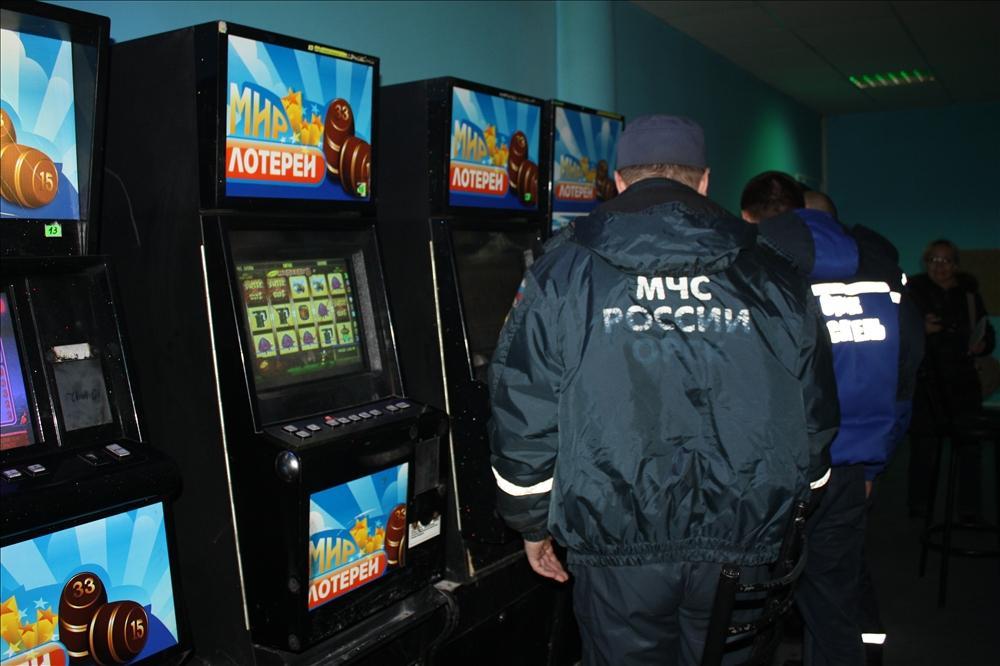Игровые автоматы 2010 оренбург играть на деньги в игровые автоматы онлайнi
